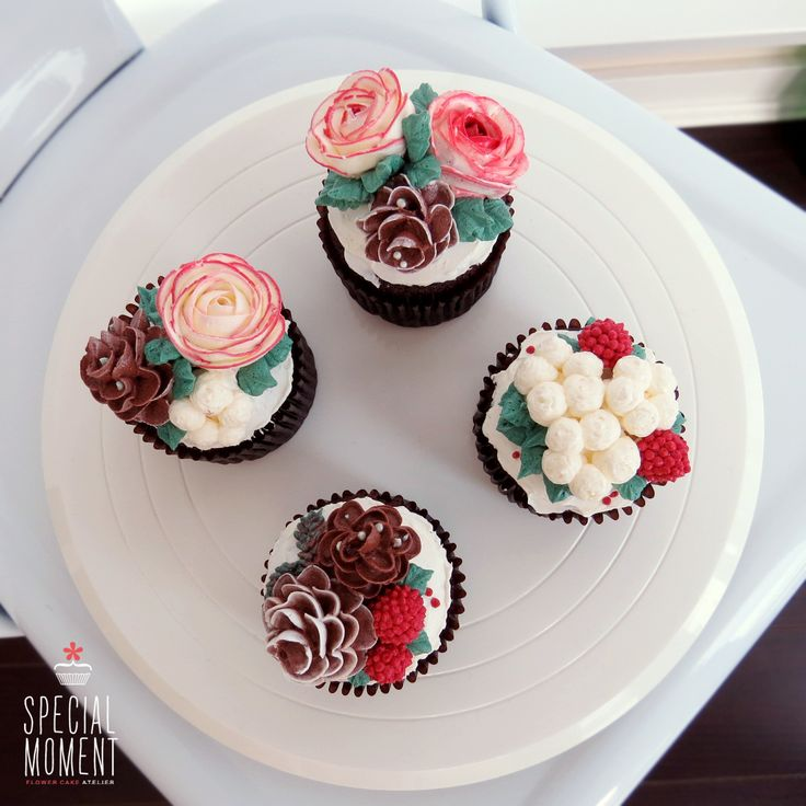 Cupcake Decorating Ideas For Boyfriend : +Choco chocolate flower buttercream cupcake for Christmas ...