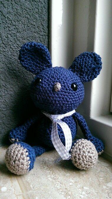 Blauwe gehaakte beer