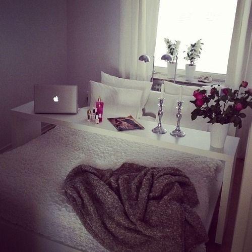 Cozy // girlie room- Saw something similar at IKEA