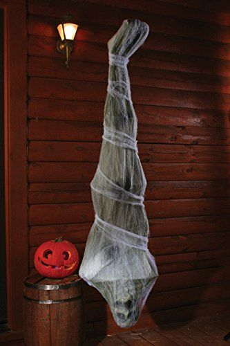 Being short on budget doesn't mean that you have to skip on amazing Halloween decorations. We have a great round up of dollar store crafts you can try.