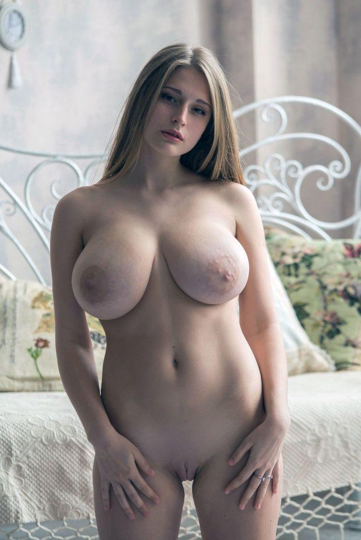 art women ever naked pussy