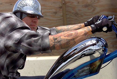 Jesse James, bike builder, welder, and fabricator.. Can I marry you please!!