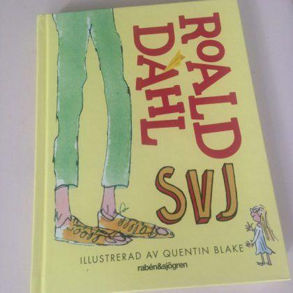 Passa på att läsa Roald Dahls bok SVJ nu när den har filmatiserats! En underbar berättelse med ett otroligt fantasifullt och innovativt språk! På RoaldDahl.com finns fantastiskt inspirerande lektio…