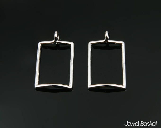 Rectangle Pendant Outline in Rhodium - 2pieces of Rectangle Outline / Shiny Rhodium / 10.5mm x 17.0mm / BS345-P (2pcs)