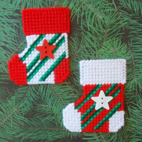 Plastic Canvas: Striped Christmas Stocking Magnets (set of 2) by ReadySetSewbyEvie on Etsy