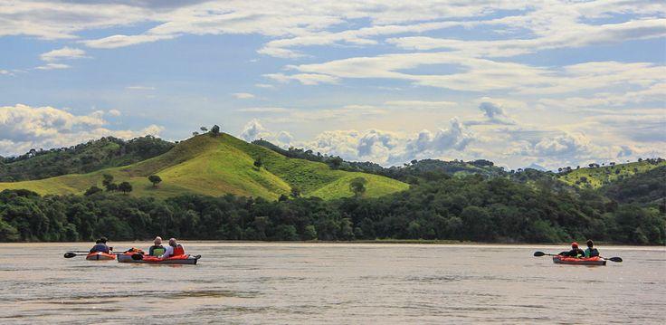 Río Magdalena en Colombia. Principal río de Colombia. http://awake.travel/expedicion/r%C3%ADo-magdalena-ambalema-honda-0