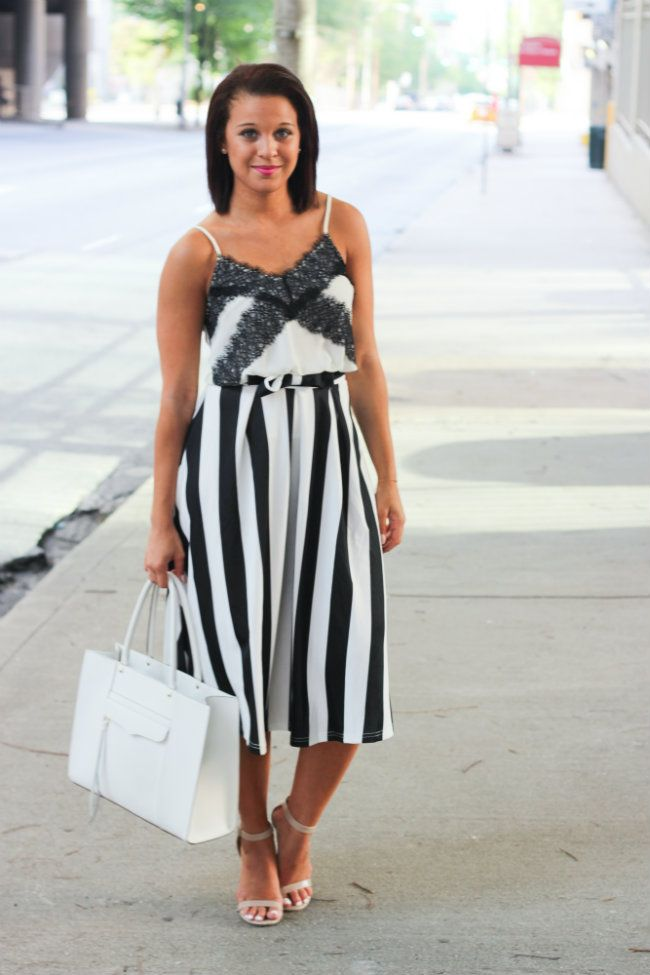stripes + lace - Fashionably  @chicwish
