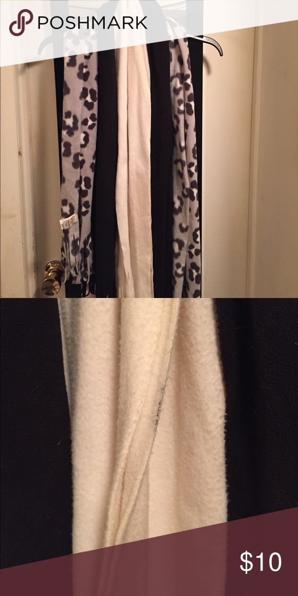 Set of 3 Old Navy scarves Set of 3 Old Navy scarves Old Navy Accessories Scarves & Wraps