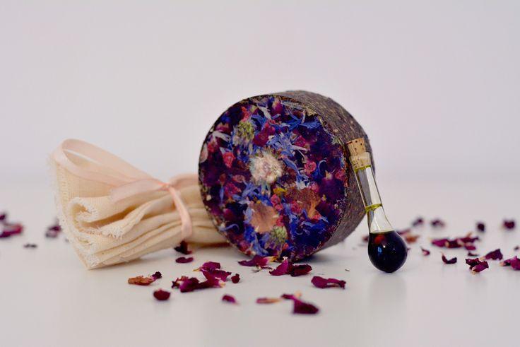 Pachet OrganicJoy pentru feminitate: turtița de baie revigorantă + Parfum tonic feminin BeWoman
