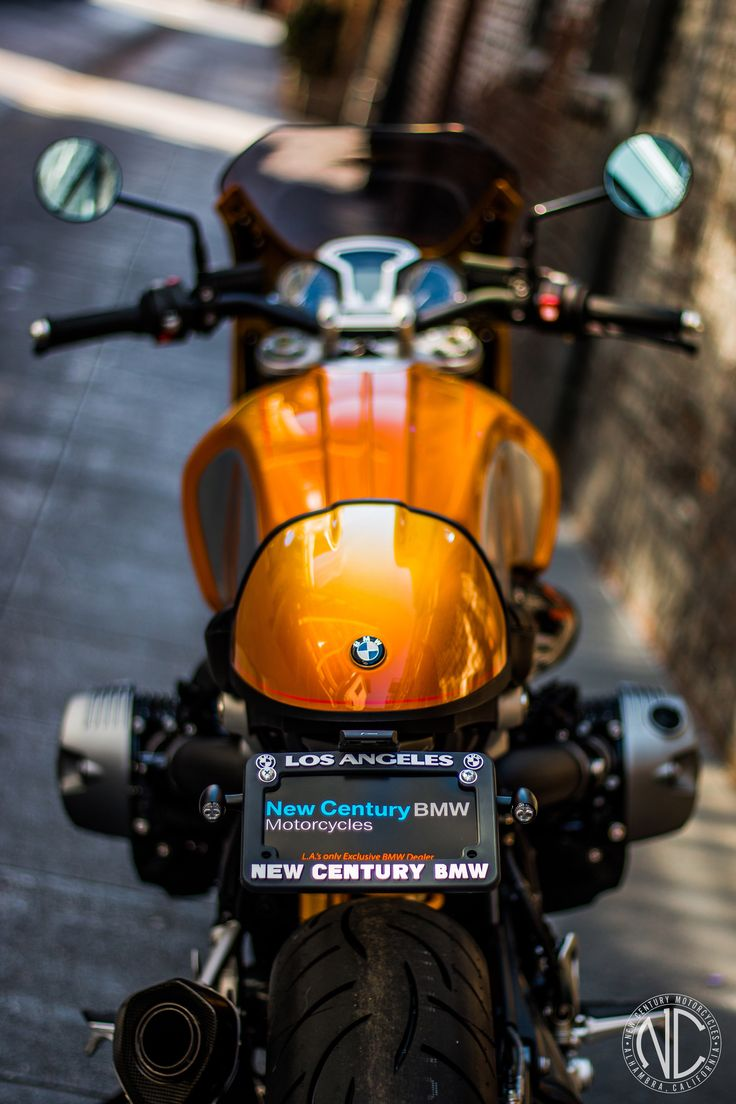 SnineT by New Century BMW Motorcycles