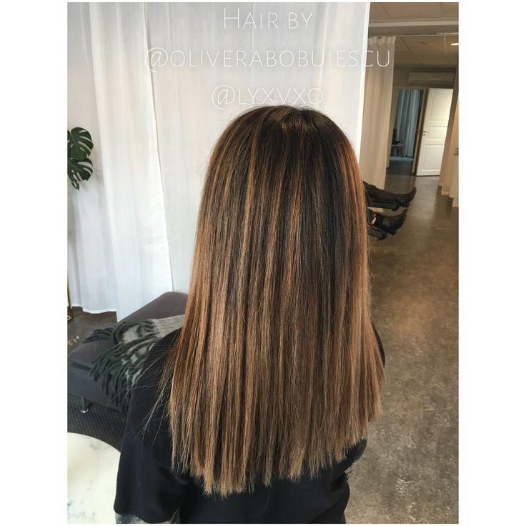 Slingat hår, veckans olika slingade hårfärger