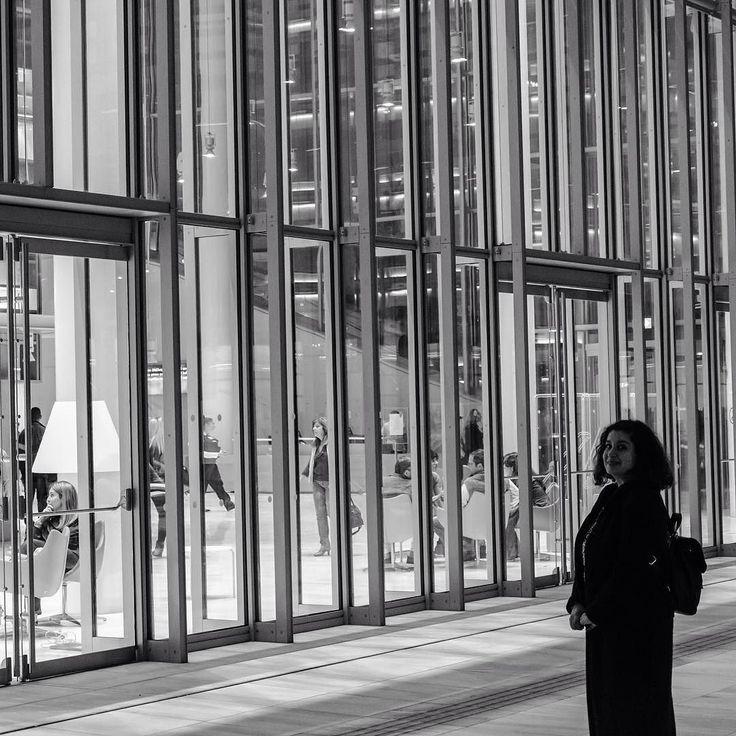 Happy Friday! #architecture #glassbuilding  #librarytobe  #blackandwhite #instamoment