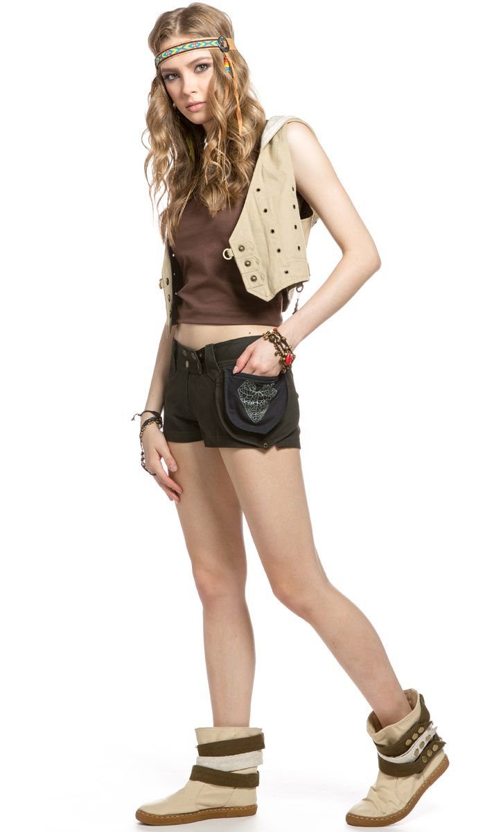 http://indiastyle.ru/products/korotkie-shortiki-livada Шорты в гоа стиле, фестивальный стиль, хиппи, бренд Aath. shorts style goa, hippie, festival style. 2620 рублей