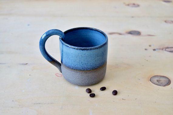 "Keramik Kaffeetasse, Keramik Tee Tasse, Keramik Trinkbecher, blaue Keramik-Becher, Housewarminggeschenk, ""Durstig Griff"", sofort lieferbar"