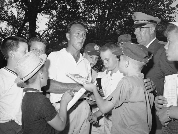 Golfer Arnold Palmer, Who Gave New Life To A Staid Game, Dies At ...