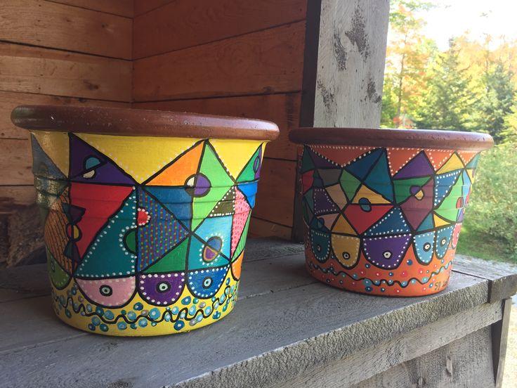 Un air aztèque sur pots de grès