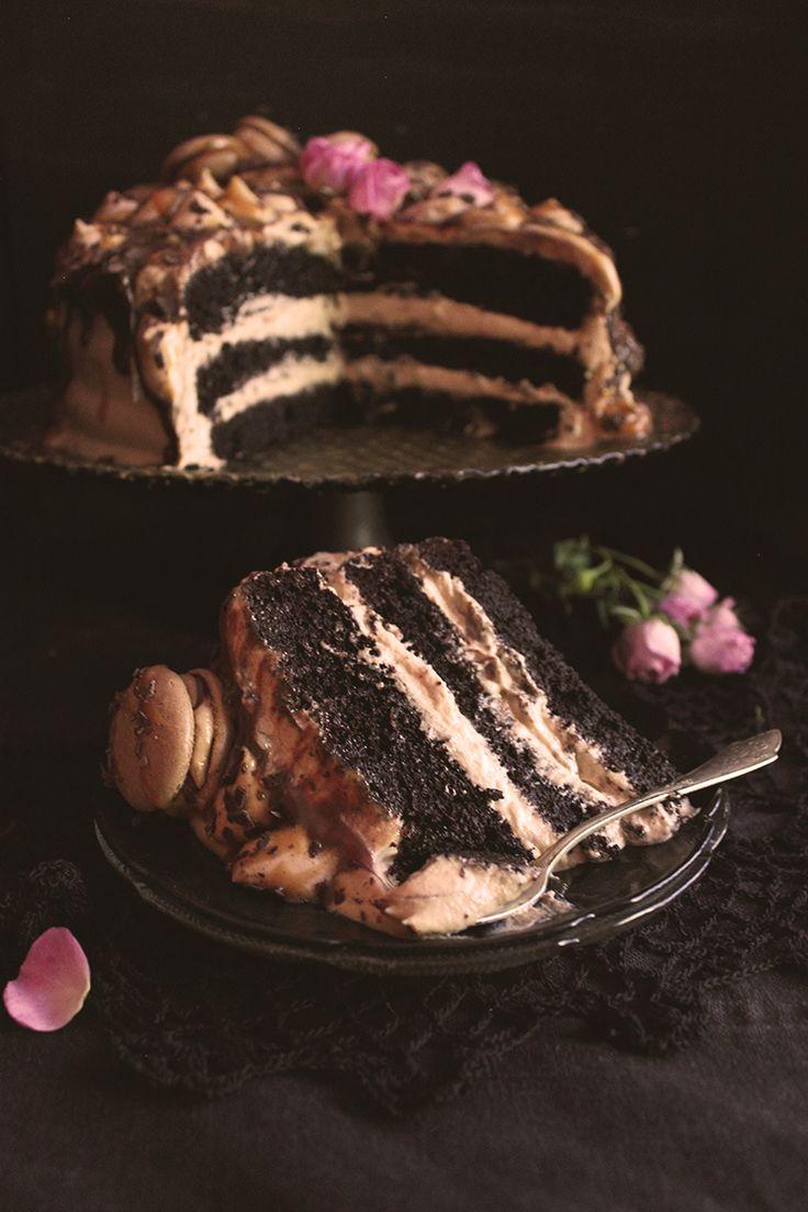 Карамелено-шоколадова торта Черно кадифе