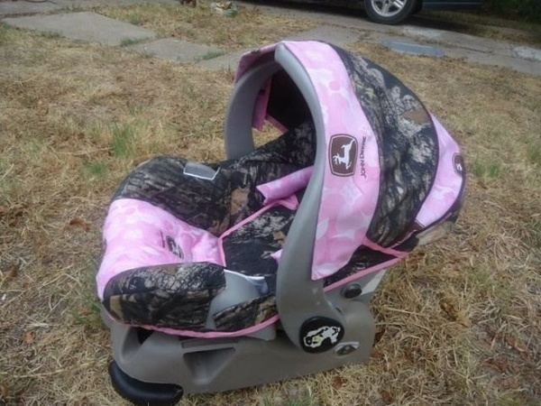 Realtree And Pink John Deere Camo Car Seat.