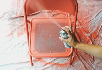 folding chair make-overDiy Ideas, Chairs Makeovers, Crafts Ideas, Diy Crafts, Chair Design, Graphics Design, Metals Chairs, Folding Chairs, Diy Projects