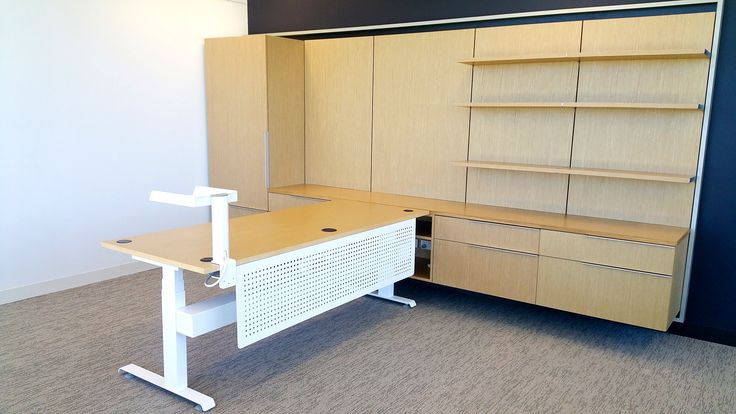 Hi-Lo sit stand executive desk. Designed & manufactured by Burgtec. (HBF Health project)