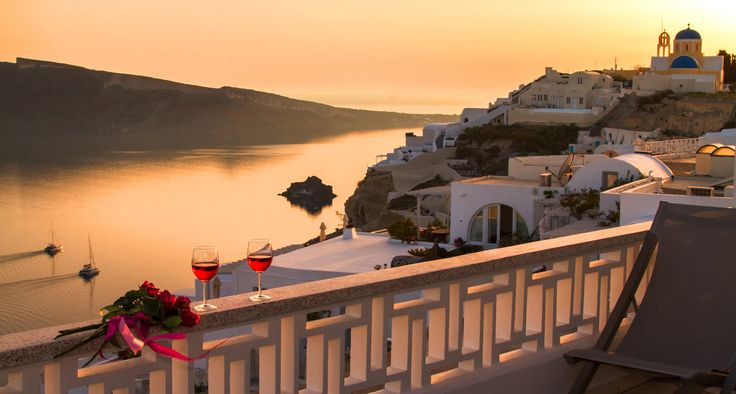 The #sunset of your dreams at #Compass_Villa, in #Oia of #Santorini island, #Greece.