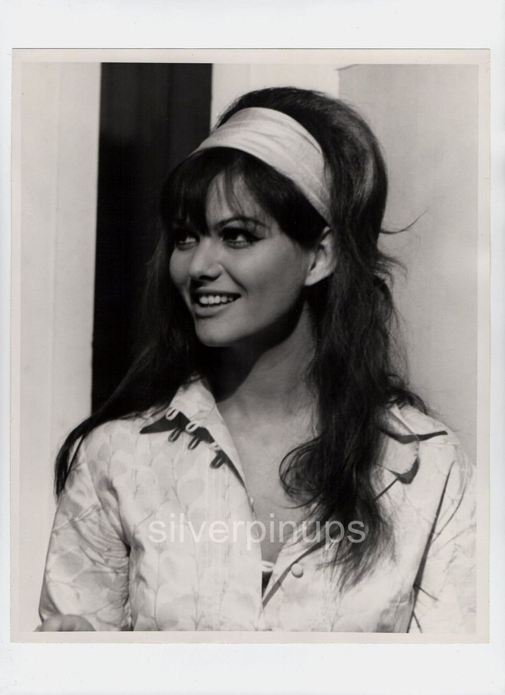 Orig 1967 CLAUDIA CARDINALE Candid Beauty.. FASHION Portrait by SYLVIA NORRIS | eBay