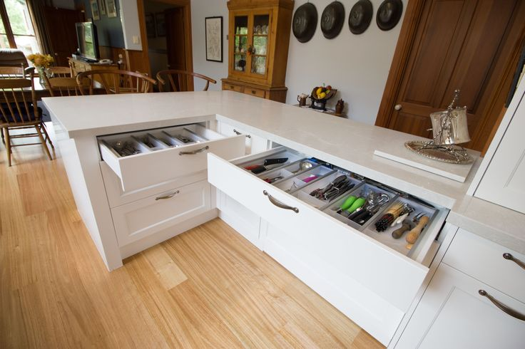 Large traditional kitchen. Cutlery drawers. www.thekitchendesigncentre.com.au