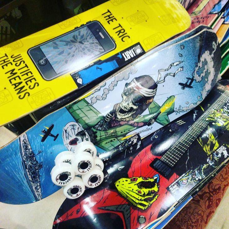 Nuevos TABLONES súper anchos y enfocados a rampa y piscinero!  Ya en tienda Calle Córdoba 6  #skatepark #skate #skateshop #malaga #pool #rampa #malaga #disasterstreetwear #theplacesoho
