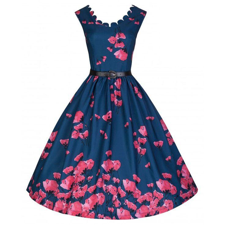 Lindy Bop. Wees het gesprek van het feest in deze elegante swing/jive jurk! De diepe nachtblauwe kleur en bloemen print creëert een interessante, betoverende draai aan het klassieke jaren vijftig Daria silhouet. De jurk heeft een wijd uitlopende rok, een aantrekkelijke ronde gevormde hals, nauwsluitend lijfje, is gevoerd en heeft een bijpassende afneembare riem. Ook heeft de jurk een ritssluiting op de rug. Een petticoat zal worden vereist voor een mooiere look.
