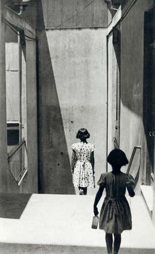 Valparaiso Chile, 1951 (Sergio Larrain)