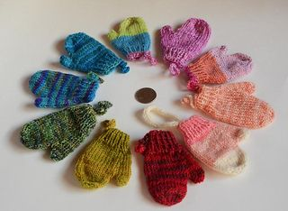 Mittens, Ornaments and Pattern library on Pinterest