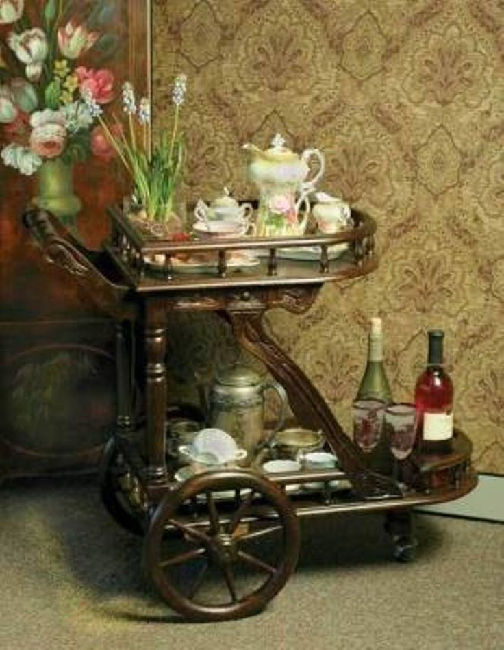 Dining Room , Dining Room Serving Cart With Wheels : Victorian Serving Cart With Wheels