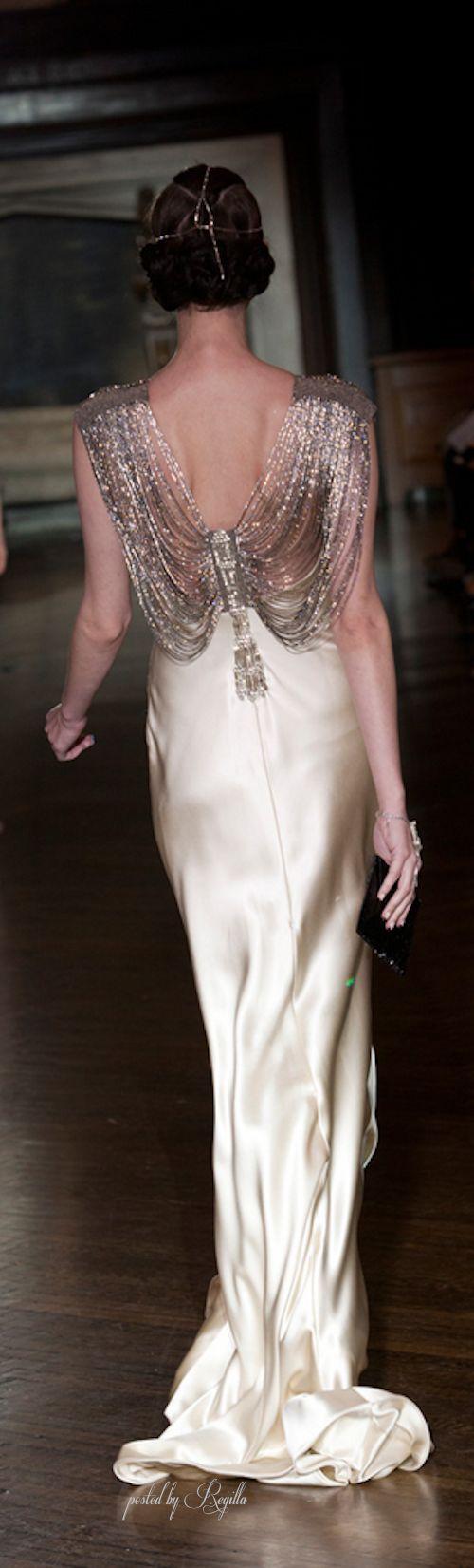 photo tenue mariée pas cher 042 et plus encore sur www.robe2mariage.eu