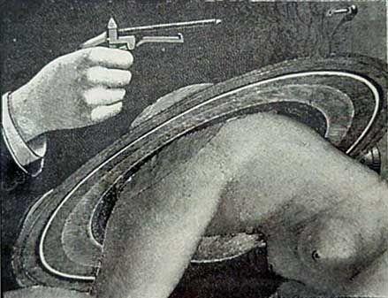 """Max Ernst - ilustracja do """"nieszczęść nieśmiertelnych"""" 1922"""
