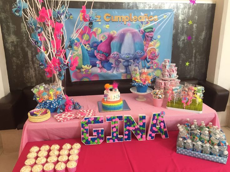 Candy table troll | Troll party! | Trolls birthday party ...