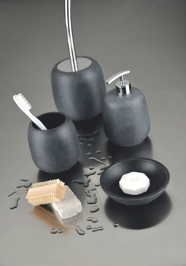 accesorii pentru baie negre