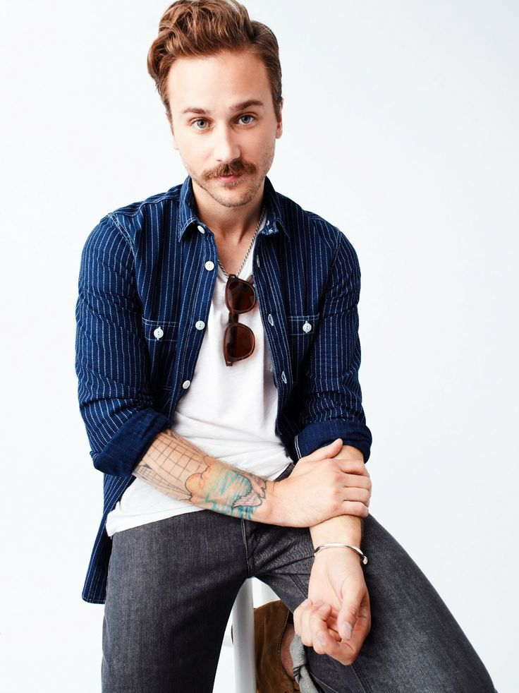 John Gourley, Portugal. The Man. beautiful hipster bastard.
