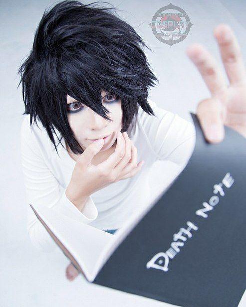 """Kalo kita nulis """"Semua pasangan yang lagi malam mingguan"""" di dalem Death Note jadinya gimana ya?  Yasudalah selamat bermalammingguan gaess. Sampe besok lagi.  Character: L Lawliet {Death Note} Cosplayer: REN {Japan}  #incosverscosplay #cosplay #cosplays #cosplaygirl #cosplayboy #otaku #anime #animecosplay #manga #mangacosplay #game #gamecosplay #cosplayer #cosplayers #cosplayergirl #cosplayerboy #asiancosplay #asiancosplayer #worldcosplay #worldcosplayer #deathnote #deathnotecosplay…"""