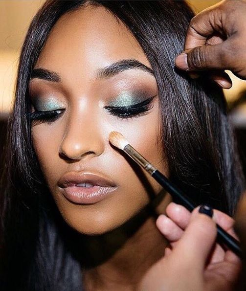 Seven beauty items that will revolutionise your routine. Perfect skin, gorgeous makeup and as quick as a flash - yes please.  My life is crazy hectic. I'm a single mama of two mop top boys and owner of a ragtag collection of pets. I work.   #makeup #beauty #routine