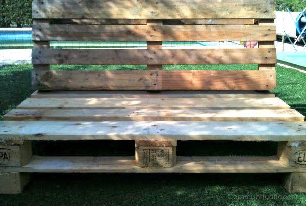 6 pasos para crear un sillón de palets. 3. Unir el respaldo con el asiento