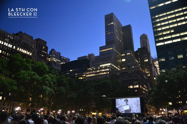 Cine gratis en Bryant Park, coge una manta de picnic y disfruta de Dirty Dancing, King Kong o Sabrina.