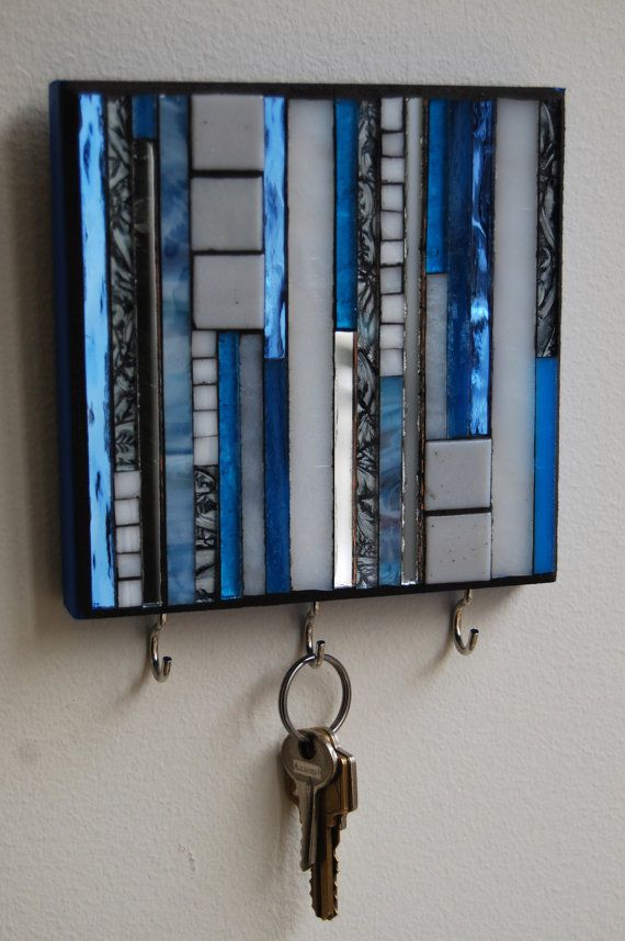 Great way to Show off a Pretty Mosaic Art! » Mosaic Hook,to hang your jewelry or keys! » from GradaMosaics via @Etsy. would be fun to make something like this in fused glass for hanging keys!
