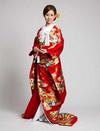 Wedding dresses, high-quality wedding dresses W by Watabe Wedding / Kimono 【Kawashima Textile Momoyama Nori Embroidery】