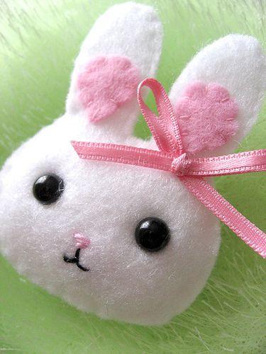 Super cute felt bunny rabbit pin