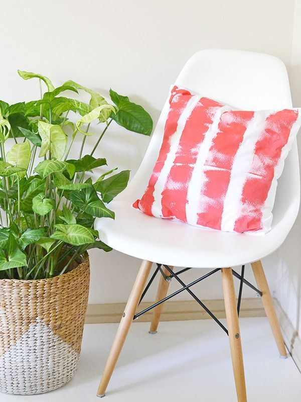 Paint roller striped cushion cover | Make and Tell
