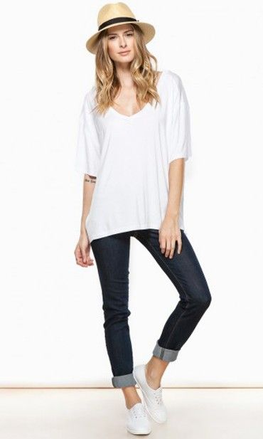 COZY SHORT SLEEVE DOUBLE V NECK TEE IN WHITE BY PIKO