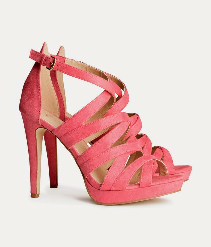 H&M 29,95€  #fashion #lowcost  http://cuchurutu.blogspot.com.es/2014/05/complementos-de-boda-lowcost.html