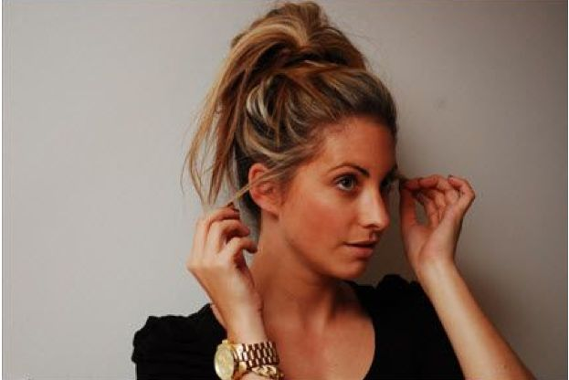 Style : Ten Cute Homemade Hair-Dos  Messy Bun from Cupcakes and Cashmere