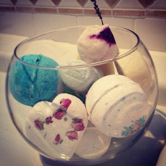 fill a fishbowl with lush bath bombs for a cute display and a lovely smelling room! love this idea!
