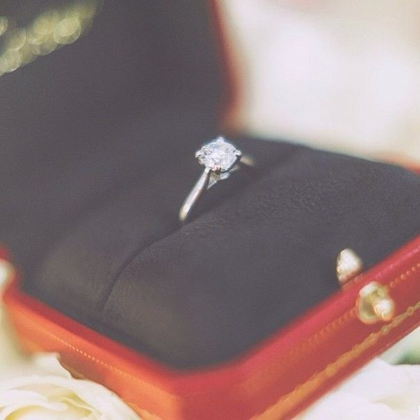 Кому уже сделали предложение - жмите Like ❤    #wedding #bride #flowers